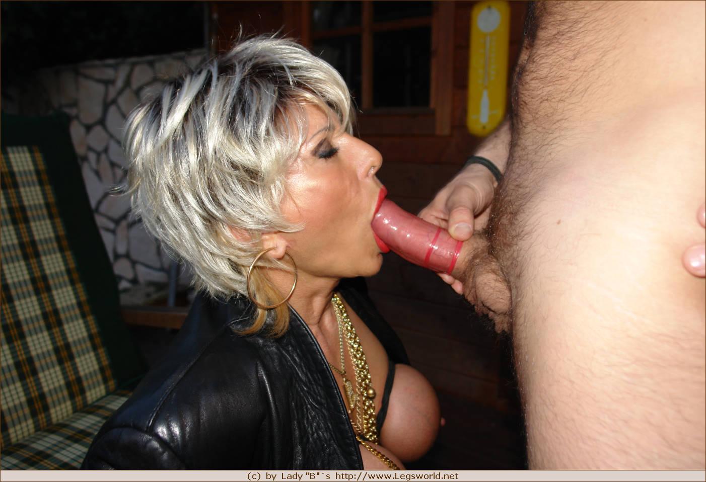 Хочу недорогую проститутку в питере без презерватива